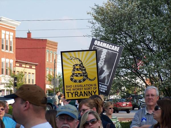 Tax day  rally in Perrysburg   4/15/10